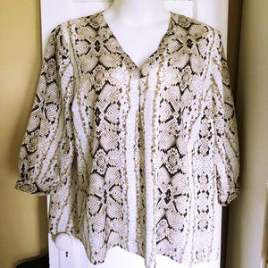 Ivory Snakeskin Violet & Claire Polyester Top 3X